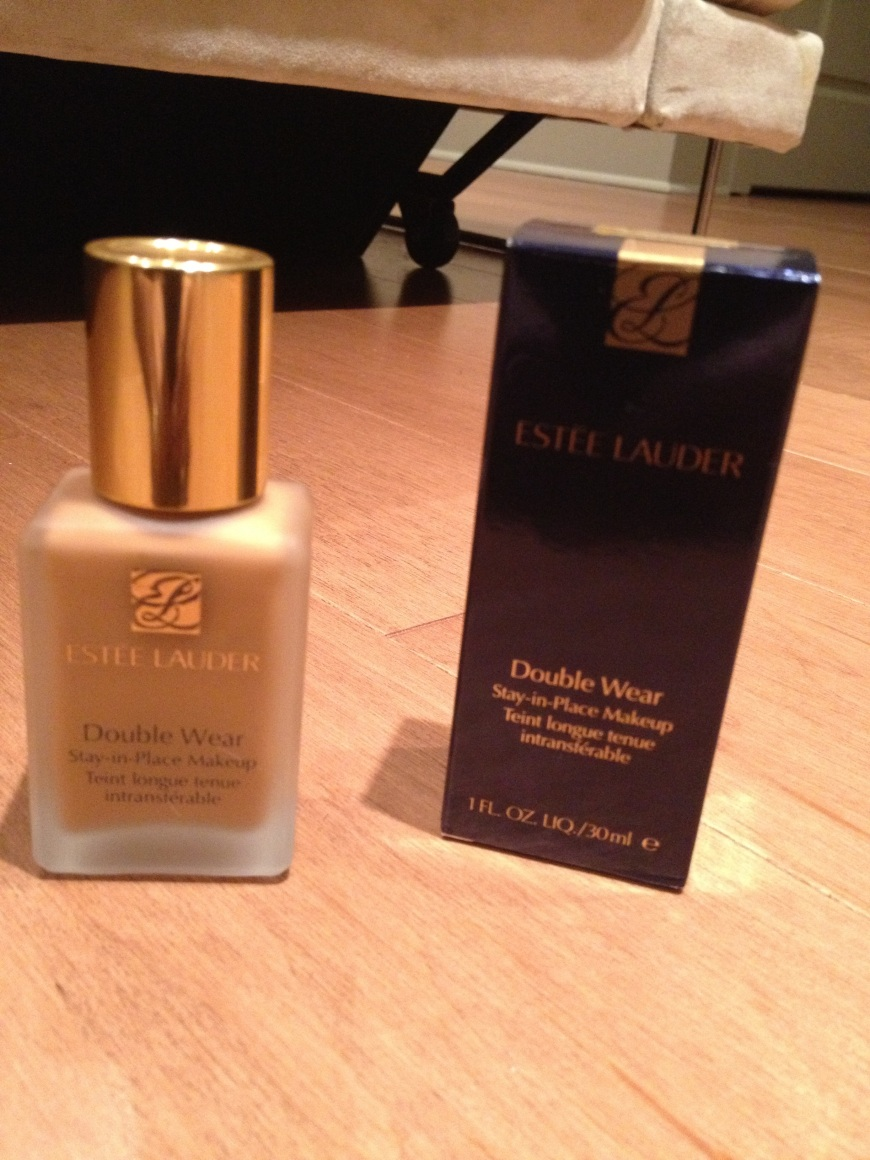 Estée Lauder Double Wear Makeup in Rich Chestnut