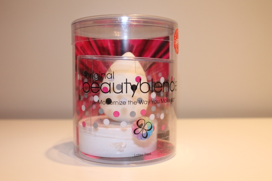 Beauty Blender Pure and Solid cleanser
